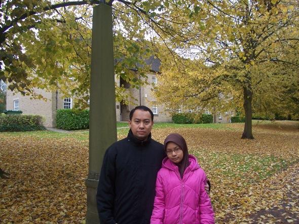 Saya dan Iffah di hadapan St Mary's College